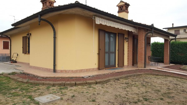 Villa in vendita a Maleo, 6 locali, prezzo € 295.000   Cambio Casa.it
