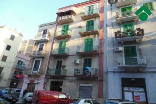 Bilocale Bari Via Principe Amedeo, 496 1