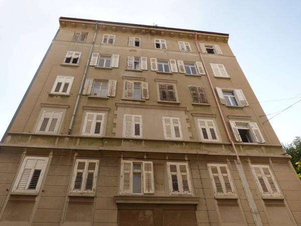 Bilocale Trieste Via Del Pratello 1