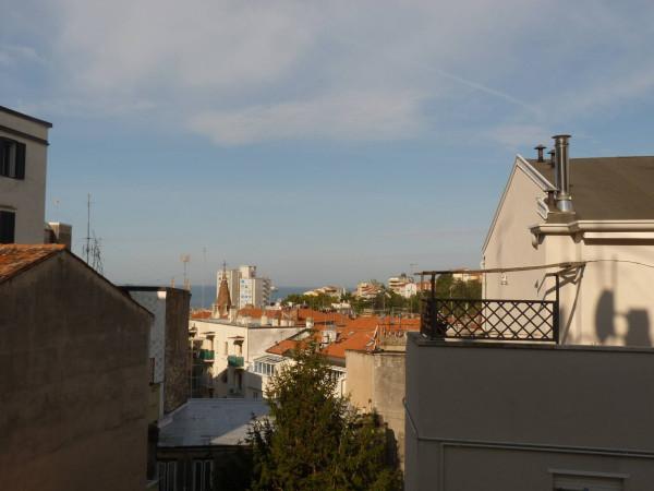 Bilocale Trieste Via Del Pratello 12