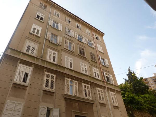 Bilocale Trieste Via Del Pratello 2
