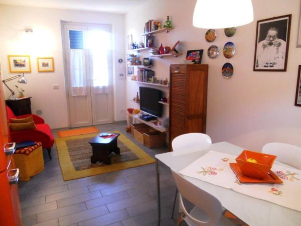 Bilocale Lucca Via Della Santissima Annunziata 1