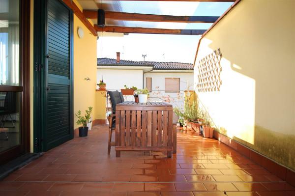 Bilocale Lucca Via Giusti 11