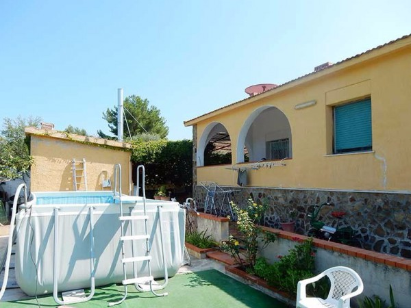 Villa in vendita a Terrasini, 9999 locali, prezzo € 205.000   Cambio Casa.it