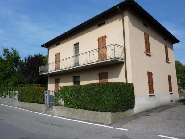 Villa in vendita a Como, 6 locali, zona Zona: 7 . Breccia - Camerlata - Rebbio, prezzo € 320.000 | Cambio Casa.it