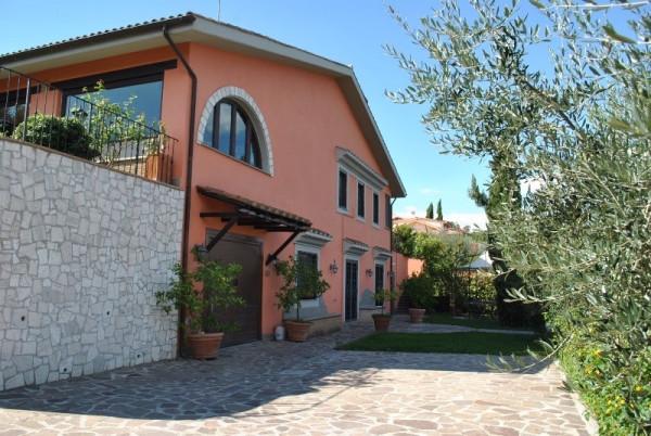 Villa in vendita a Riano, 6 locali, prezzo € 450.000 | CambioCasa.it