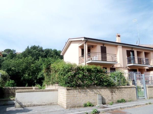 Villa a Schiera in vendita a Riano, 3 locali, prezzo € 150.000 | CambioCasa.it