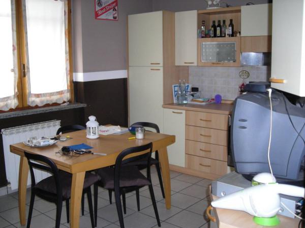 Appartamento in vendita a Fara Gera d'Adda, 3 locali, prezzo € 140.000 | Cambio Casa.it