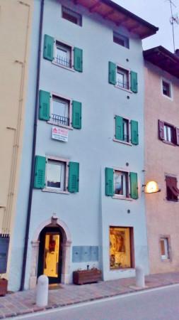 Appartamento in vendita a Vezzano, 3 locali, prezzo € 150.000 | Cambio Casa.it