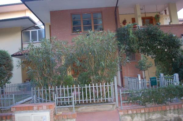 Bilocale Castiglione del Lago Via Roma 10