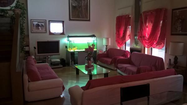Villa in vendita a Canonica d'Adda, 6 locali, Trattative riservate | Cambio Casa.it
