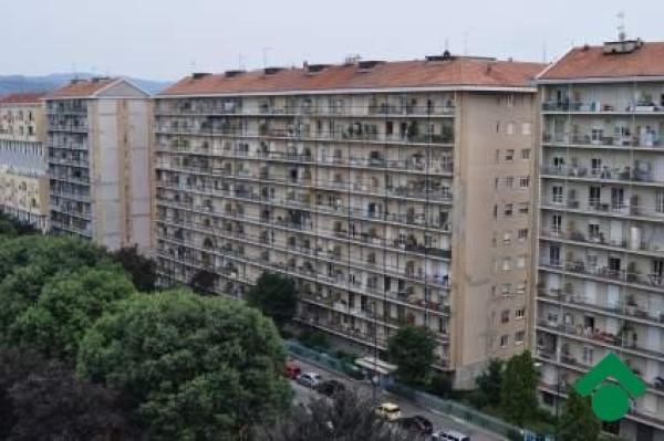 Bilocale Torino Corso Taranto 1