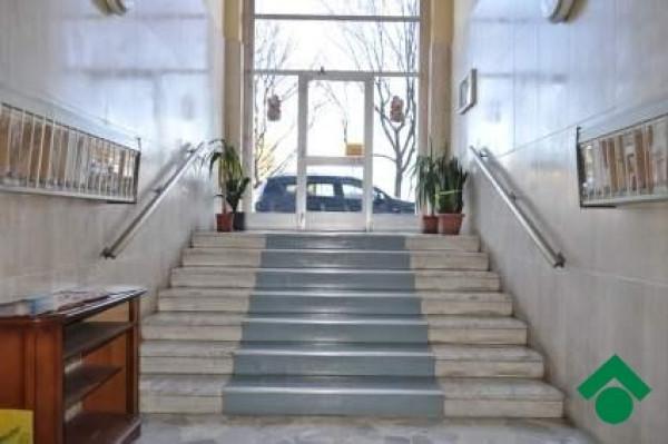 Bilocale Torino Corso Taranto 4