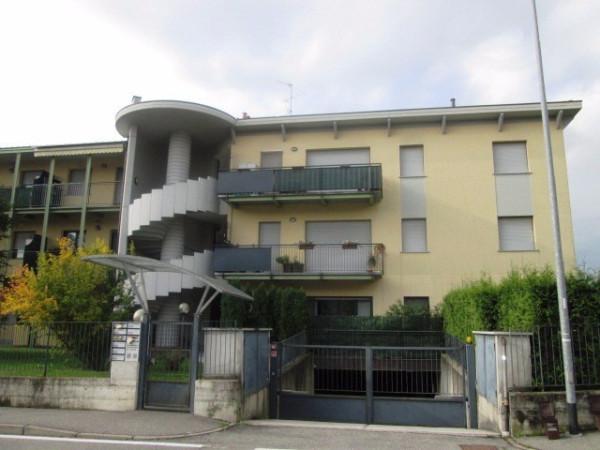 Appartamento in vendita a Villa Guardia, 3 locali, prezzo € 170.000 | Cambio Casa.it