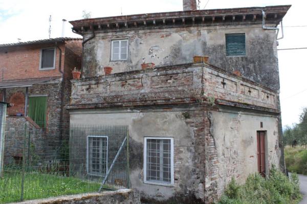 Appartamento in vendita a Altopascio, 3 locali, prezzo € 100.000 | Cambio Casa.it