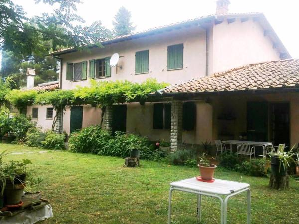 Rustico / Casale in vendita a Montecarlo, 6 locali, prezzo € 450.000 | Cambio Casa.it