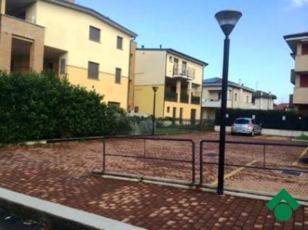 Bilocale Cesate Via Cesare Battisti, 15 2