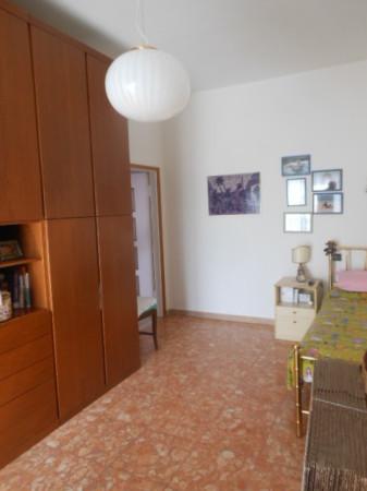 Bilocale Bologna Via Mazzini 13