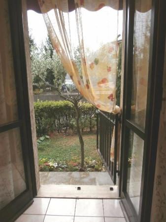 Bilocale Mandello del Lario Via Aldo Moro 3