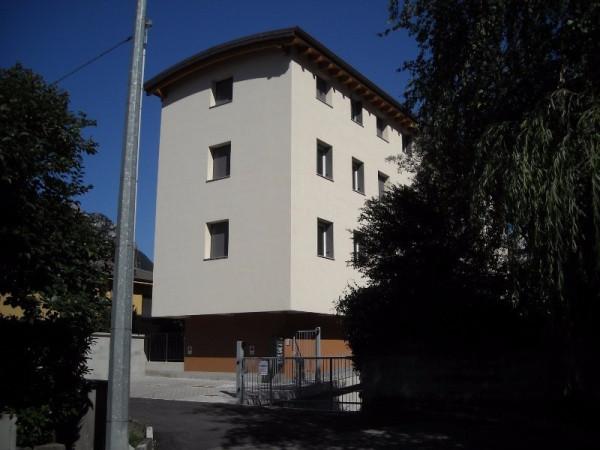 Bilocale Lecco Via Fontanella 2