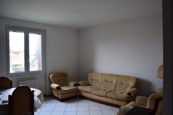 Appartamento in vendita a Olgiate Comasco, 3 locali, prezzo € 130.000 | Cambio Casa.it