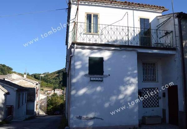 Appartamento in vendita a Pergola, 5 locali, prezzo € 65.000 | Cambio Casa.it
