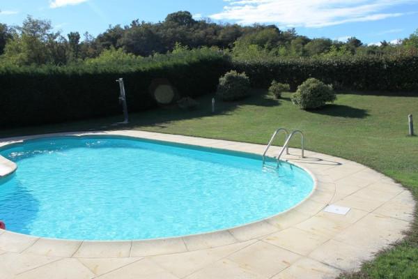 Villa in vendita a Borgo Ticino, 4 locali, prezzo € 450.000 | Cambio Casa.it