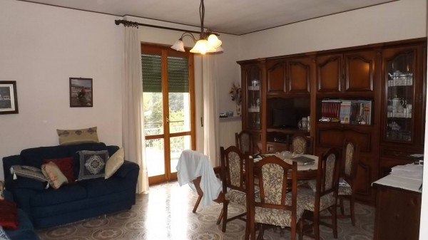 Appartamento in vendita a Acqui Terme, 3 locali, prezzo € 78.000 | Cambio Casa.it