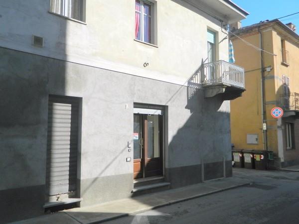Negozio-locale in Affitto a Buttigliera D'Asti Centro: 2 locali, 55 mq