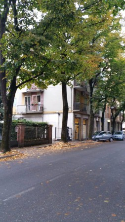 Appartamento in vendita a Modena, 6 locali, prezzo € 450.000 | Cambio Casa.it