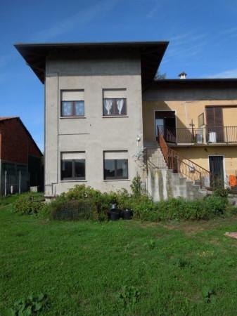 Rustico / Casale in vendita a Veruno, 4 locali, prezzo € 110.000 | Cambio Casa.it