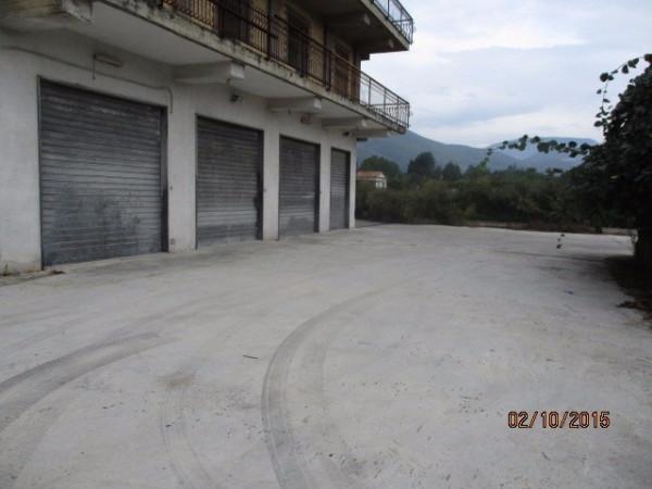 Negozio / Locale in vendita a Avellino, 9999 locali, prezzo € 245.000 | Cambio Casa.it