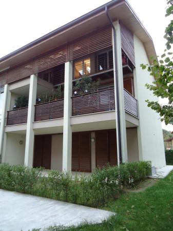 Appartamento in vendita a Arcore, 3 locali, prezzo € 360.000 | Cambio Casa.it