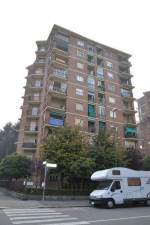 Appartamento in vendita a Torino, 4 locali, zona Zona: 6 . Lingotto, prezzo € 175.000 | Cambio Casa.it