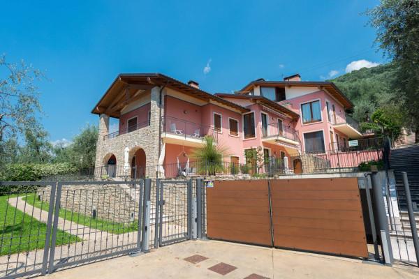 Appartamento in vendita a Brenzone, 3 locali, prezzo € 350.000 | Cambio Casa.it
