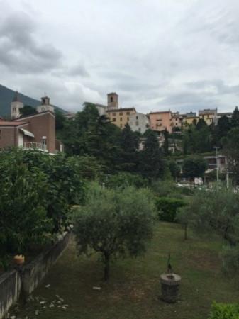 Appartamento in vendita a Gualdo Tadino, 6 locali, prezzo € 99.000 | Cambio Casa.it