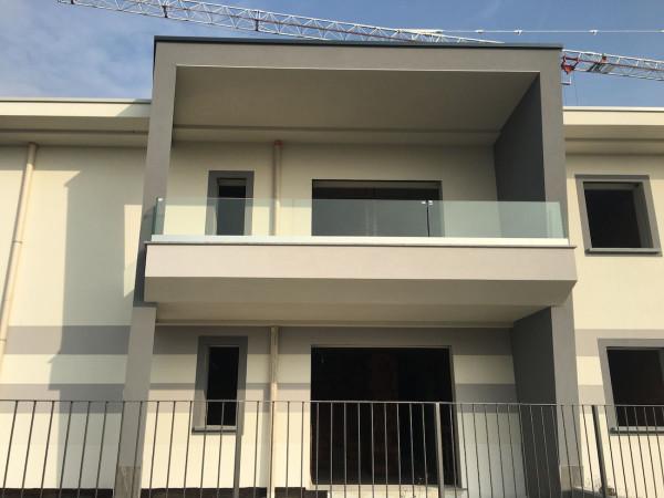 Appartamento in vendita a Ronco Briantino, 3 locali, prezzo € 180.000 | Cambio Casa.it