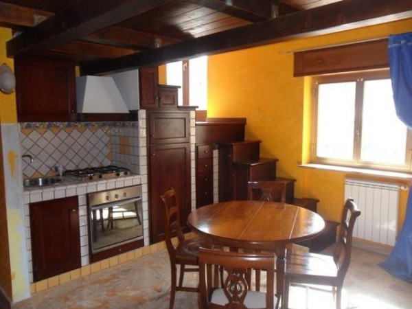 Appartamento in affitto a Avezzano, 2 locali, prezzo € 380 | Cambio Casa.it