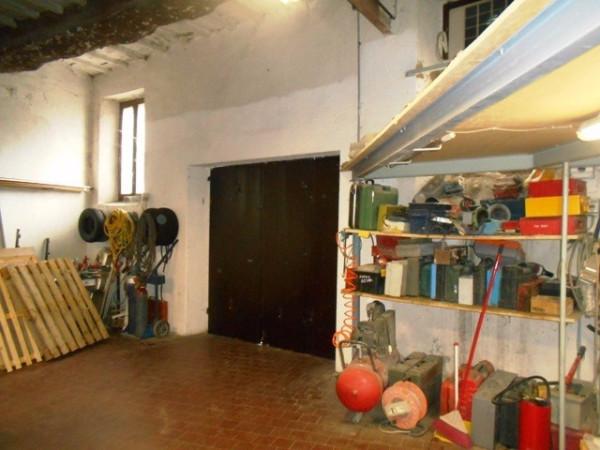Magazzino in vendita a Spoleto, 3 locali, prezzo € 98.000   Cambio Casa.it