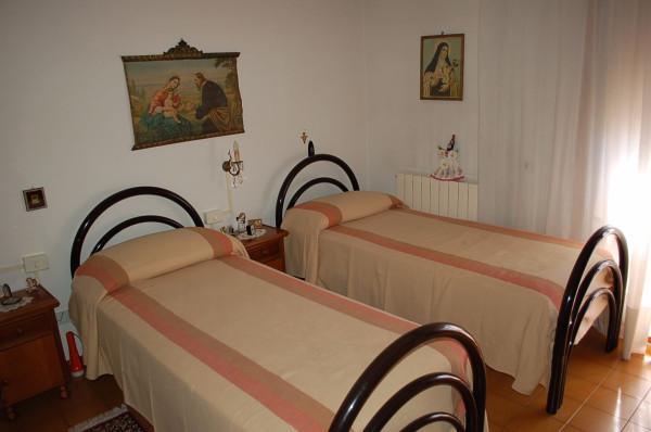 Bilocale Castiglione del Lago Via Roma 6