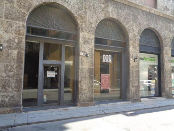 Negozio / Locale in affitto a Cremona, 1 locali, prezzo € 1.300 | Cambio Casa.it