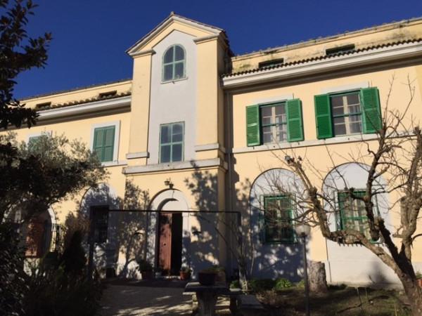 Rustico / Casale in vendita a Capena, 6 locali, Trattative riservate | Cambiocasa.it