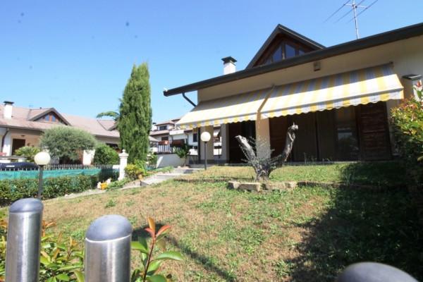 Villa in vendita a Magnago, 5 locali, prezzo € 335.000 | Cambio Casa.it