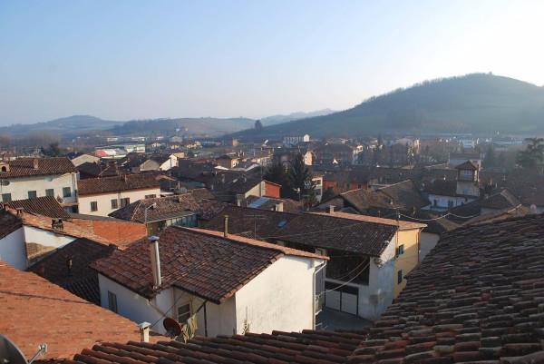 Appartamento in vendita a Corneliano d'Alba, 3 locali, prezzo € 55.000 | Cambio Casa.it