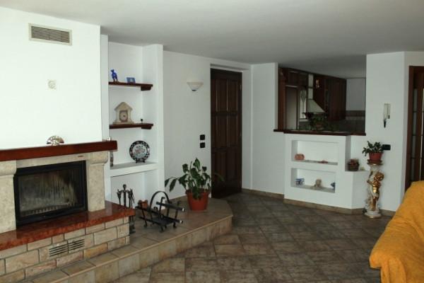Villa a Schiera in vendita a Samarate, 4 locali, prezzo € 265.000   Cambio Casa.it