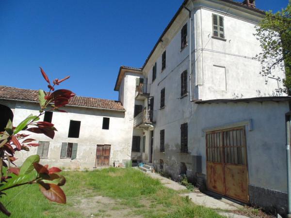 Rustico / Casale in vendita a Castagnole delle Lanze, 9999 locali, prezzo € 180.000 | Cambio Casa.it