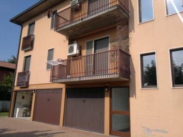 Appartamento in vendita a San Colombano al Lambro, 3 locali, prezzo € 135.000 | Cambio Casa.it