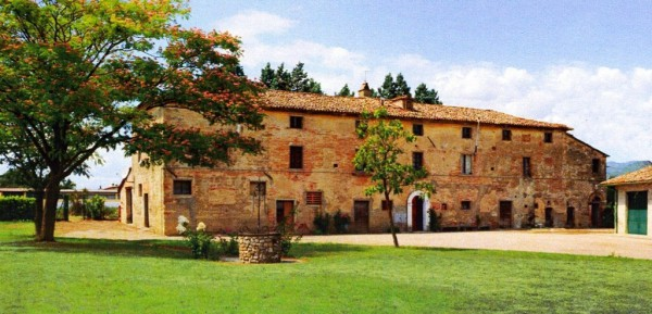 Attività / Licenza in vendita a Perugia, 6 locali, Trattative riservate | Cambio Casa.it