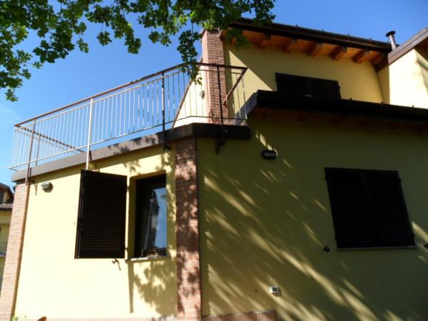 Villa a Schiera in affitto a Olgiate Comasco, 4 locali, prezzo € 1.500 | Cambio Casa.it