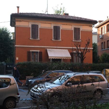 Villa in vendita a Bologna, 6 locali, zona Zona: 19 . Bolognina, Arcoveggio, Vavile, prezzo € 450.000   Cambio Casa.it